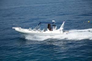 5 - Speed boat